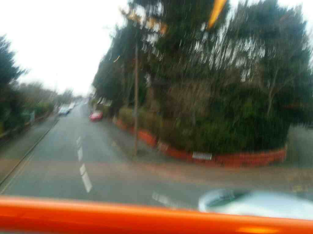 Turning left into Commonside off Blackpool Road