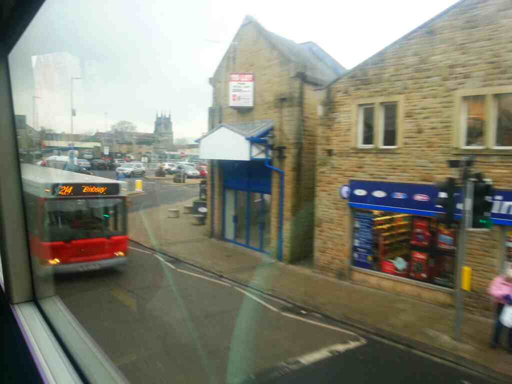 Keighley Rd Skipton pennine bus 214 Embasy off an X 84 bus