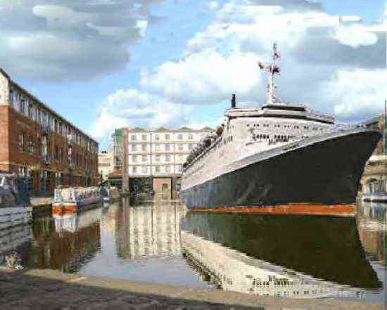 Ocean Liner in Sheffield canal wharf